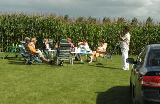 Familie voor de mais Camping De Krammer